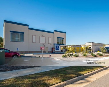 Storage Units for Rent available at 597 Central Drive, Virginia Beach, VA 23454 Photo Gallery 1
