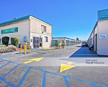 Storage Units for Rent available at 318 North Vincent Avenue, Covina, CA 91722 Photo Gallery 1