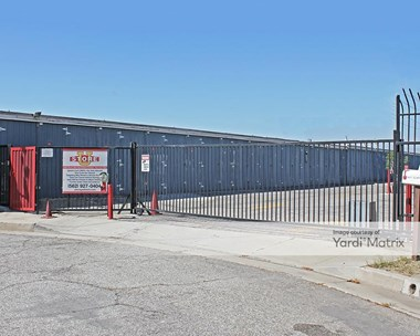 Storage Units for Rent available at 5427 Clara Street, Bell, CA 90201 Photo Gallery 1
