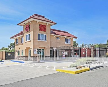 Storage Units for Rent available at 350 Travis Blvd, Fairfield, CA 94533 Photo Gallery 1