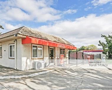 Storage Units for Rent available at 2500 Santa Rita Road, Pleasanton, CA 94566 Photo Gallery 1