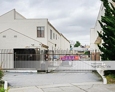Storage Units for Rent available at 1551 Macarthur Blvd, Oakland, CA 94602 Photo Gallery 1