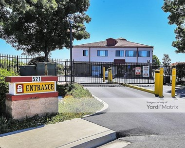 Storage Units for Rent available at 521 Harbor Court, Pittsburg, CA 94565 Photo Gallery 1