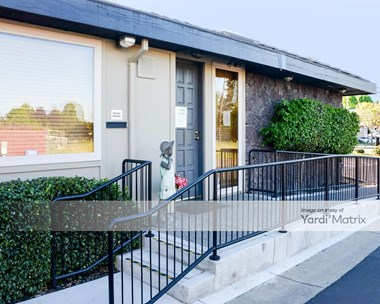 Storage Units for Rent available at 325 Mowry Avenue, Fremont, CA 94536 Photo Gallery 1