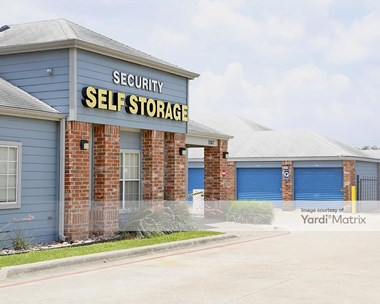 Storage Units for Rent available at 1507 West William Cannon, Austin, TX 78745 Photo Gallery 1