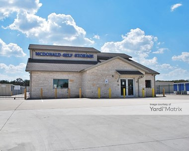 Storage Units for Rent available at 6211 Williams Drive, Georgetown, TX 78633 Photo Gallery 1