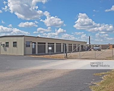 Storage Units for Rent available at 56 CR 310, Jarrell, TX 76537 Photo Gallery 1