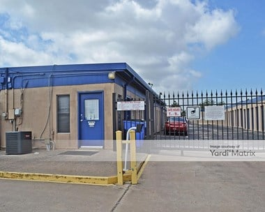Storage Units for Rent available at 405 East Ben White Blvd, Austin, TX 78704 Photo Gallery 1