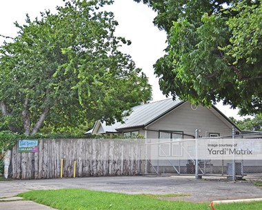Storage Units for Rent available at 3222 East 5Th Street, Austin, TX 78702 Photo Gallery 1