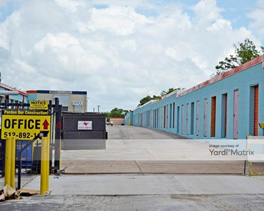 Storage Units for Rent available at 4632 South Lamar Blvd, Austin, TX 78745 Photo Gallery 1