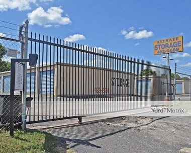 Storage Units for Rent available at 7116 South IH 35 Frontage Road, Austin, TX 78745 Photo Gallery 1