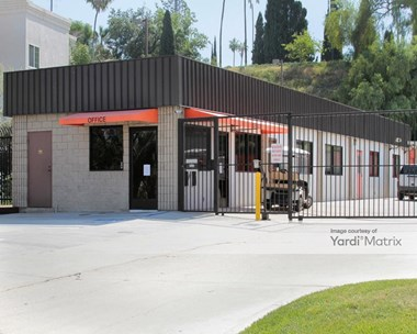 Storage Units for Rent available at 1512 Circle City Drive, Corona, CA 92879 Photo Gallery 1