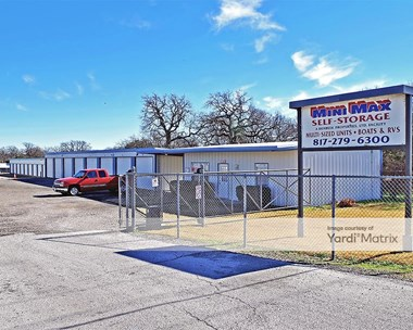 Storage Units for Rent available at 3713 Weatherford Hwy, Granbury, TX 76049 Photo Gallery 1
