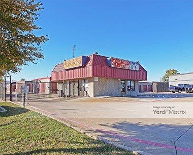 Storage Units for Rent available at 2836 South Cooper Street, Arlington, TX 76015 Photo Gallery 1