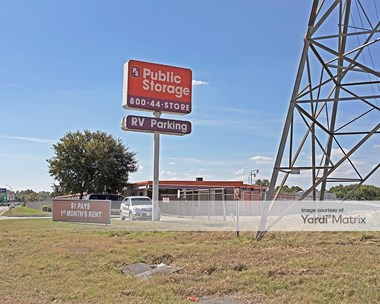 Storage Units for Rent available at 7601 Airport Fwy, Richland Hills, TX 76118 Photo Gallery 1