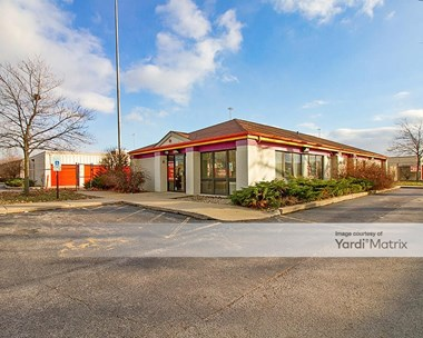 Storage Units for Rent available at 2115 Bernice Road, Lansing, IL 60438 Photo Gallery 1