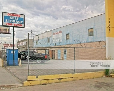 Storage Units for Rent available at 14235 Oxnard Street, Van Nuys, CA 91401 Photo Gallery 1