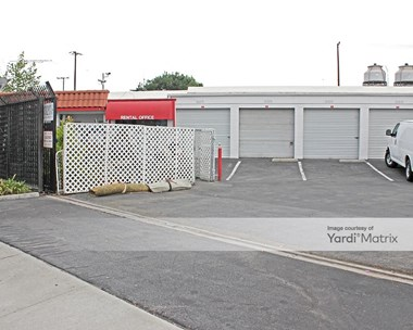 Storage Units for Rent available at 3203 North San Fernando Blvd, Burbank, CA 91504 Photo Gallery 1