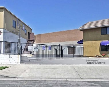 Storage Units for Rent available at 7670 North Hollywood Way, Burbank, CA 91505 Photo Gallery 1