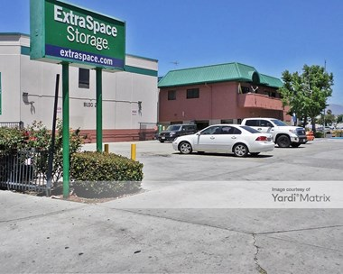 Storage Units for Rent available at 8540 Cedros Avenue, Panorama City, CA 91402 Photo Gallery 1