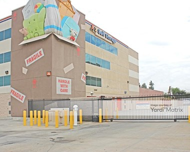 Storage Units for Rent available at 5310 Vineland Avenue, North Hollywood, CA 91601 Photo Gallery 1