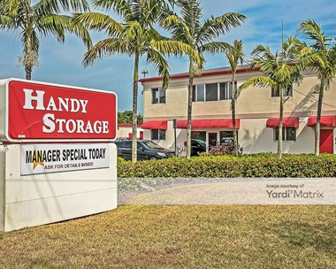 Storage Units for Rent available at 16749 SW 117th Avenue, Miami, FL 33177 Photo Gallery 1