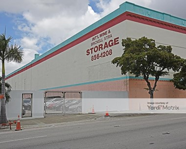 Storage Units for Rent available at 601 SW 8th Street, Miami, FL 33130 Photo Gallery 1