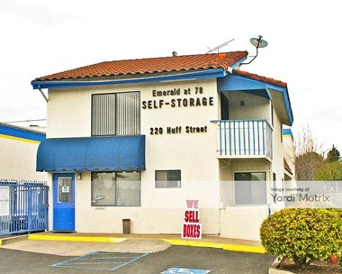 Storage Units for Rent available at 220 Huff Street, Vista, CA 92083 Photo Gallery 1