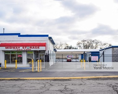 Storage Units for Rent available at 2341 West 135Th Place, Blue Island, IL 60406 Photo Gallery 1