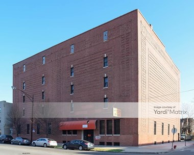 Storage Units for Rent available at 5155 South Cottage Grove Avenue, Chicago, IL 60615 Photo Gallery 1