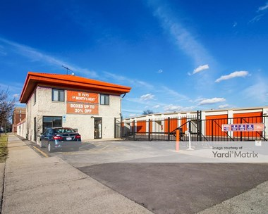 Storage Units for Rent available at 5901 South Harlem Avenue, Chicago, IL 60638 Photo Gallery 1