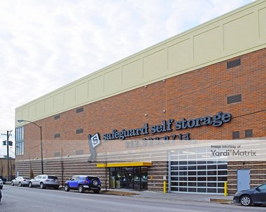 Storage Units for Rent available at 6014 North California Avenue, Chicago, IL 60659 Photo Gallery 1
