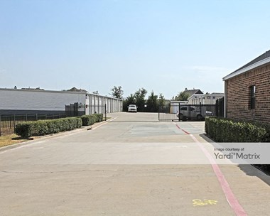 Storage Units for Rent available at 8441 Clark Road, Dallas, TX 75249 Photo Gallery 1