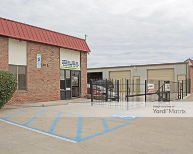 Storage Units for Rent available at 3919 East Mckinney Street, Denton, TX 76208 Photo Gallery 1