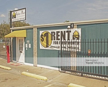 Storage Units for Rent available at 557 West Lawson Road, Dallas, TX 75253 Photo Gallery 1