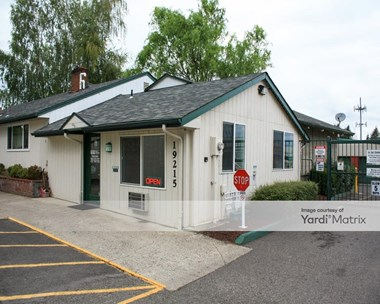 Storage Units for Rent available at 19215 NE Halsey Street, Gresham, OR 97230 Photo Gallery 1