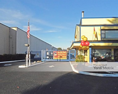 Storage Units for Rent available at 1721 Central Avenue South, Kent, WA 98032 Photo Gallery 1