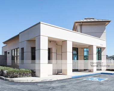 Storage Units for Rent available at 27201 Cabot Road, Laguna Niguel, CA 92677 Photo Gallery 1