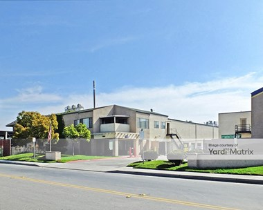 Storage Units for Rent available at 16242 Construction Circle West, Irvine, CA 92606 Photo Gallery 1