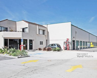 Storage Units for Rent available at 7471 Warner Avenue, Huntington Beach, CA 92647 Photo Gallery 1