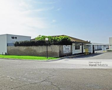Storage Units for Rent available at 1611 Parkway Loop, Tustin, CA 92780 Photo Gallery 1
