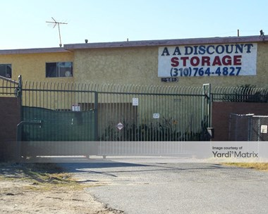 Storage Units for Rent available at 16215 Atlantic Avenue, Compton, CA 90221 Photo Gallery 1