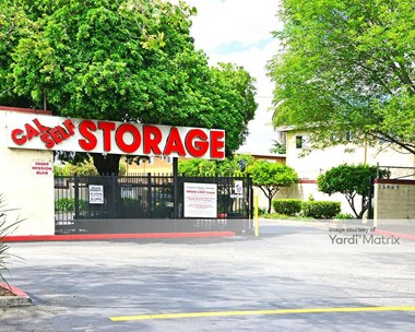 Storage Units for Rent available at 26869 Mission Blvd, Hayward, CA 94544 Photo Gallery 1