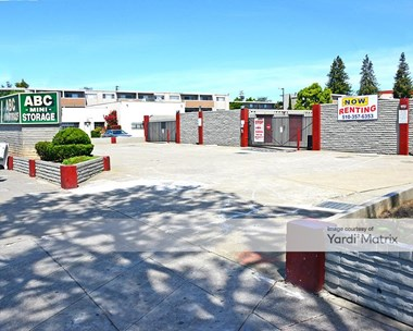 Storage Units for Rent available at 13760 East 14th Street, San Leandro, CA 94578 Photo Gallery 1