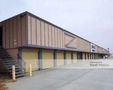 Storage Units for Rent available at 2285 Tully Road, San Jose, CA 95122 Photo Gallery 1