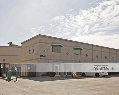 Storage Units for Rent available at 2840 North San Fernando Road, Los Angeles, CA 90065 Photo Gallery 1