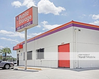 Storage Units for Rent available at 240 East Whittier Blvd, Montebello, CA 90640 Photo Gallery 1