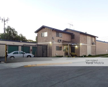 Storage Units for Rent available at 194 East Artesia Blvd, Long Beach, CA 90805 Photo Gallery 1