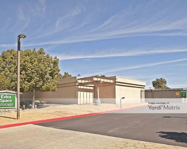 Storage Units for Rent available at 1960 South San Dimas Canyon Road, La Verne, CA 91750 Photo Gallery 1