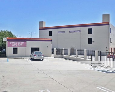 Storage Units for Rent available at 7521 North San Fernando Road, Burbank, CA 91505 Photo Gallery 1